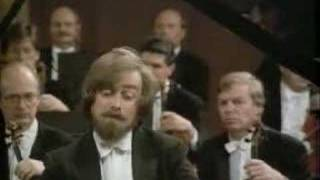 Zimerman - Beethoven, Piano Concerto No. 5 - I Allegro (3/3)