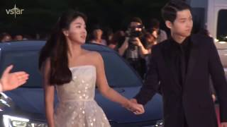 Song Joong Ki & Song Hye Kyo Sweet Moments at 52nd Baeksang Arts Awards thumbnail