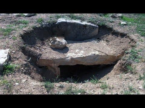 İçinde Define,Hediye  Bulunan Antik Mezarlar Nasıl Keşfedilir ?