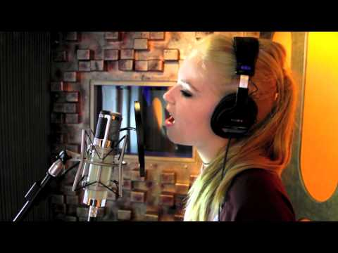 SODY MUSIC COVER OF TURNING PAGE BY SLEEPING AT LAST