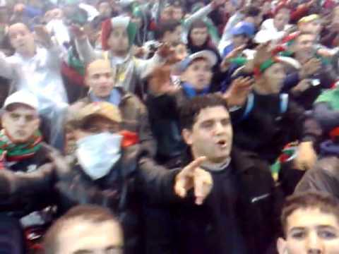 Groupe livorno au stade rades tunis chant 70 millions for Porte 8 stade rades