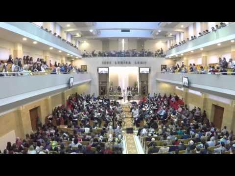 Alin si Emima Timofte - Dragostea Lui m-a ridicat (Live in biserica Elim Timisoara)