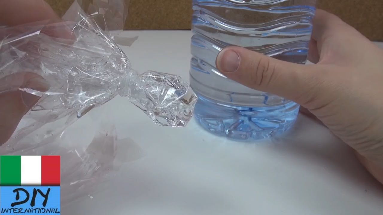 Poltrona Bottiglie Di Plastica.Bimbi Meduse In Bottiglia Giocattolo Di Plastica Divertente