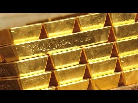 Gold Tumbles as Investors Price in Crimea Crisis, Fed Taper