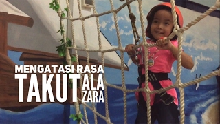 Hebaaat !!! Zara berhasil melawan Rasa Takut !!! 😘😘😘 Adventure at Little Jungle Playground