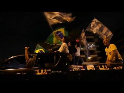 استطلاعات الرأي تتوقع فوز مرشح اليمين المتطرف بالرئاسيات البرازيلية …  - 16:55-2018 / 10 / 4