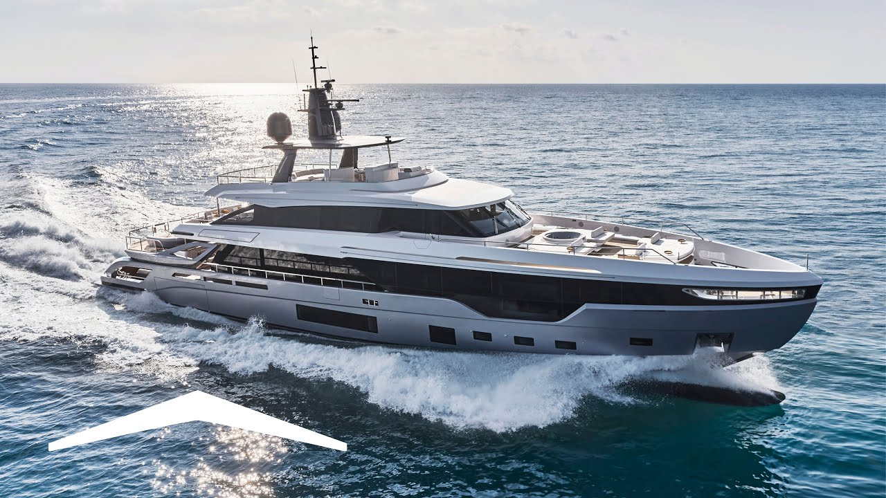 Download Azimut Grande Trideck   2ndGen Displacement-to-Planing Hull   Cutting-Edge Naval Architecture