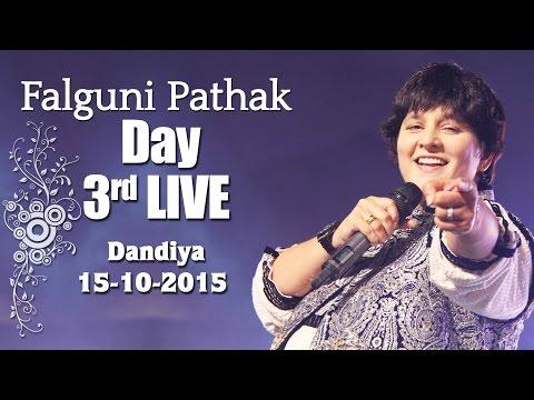 Falguni Pathak   Raas Garba 2015   Ghatkopar - Mumbai Day 3 -15th Oct 2015