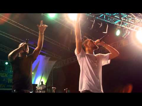 Olamide & Phyno Perform 'Dope Money' Live