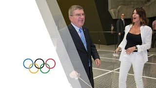 President Bach gave fencing lessons to Nadia Comaneci(, 2015-07-10T16:18:22.000Z)