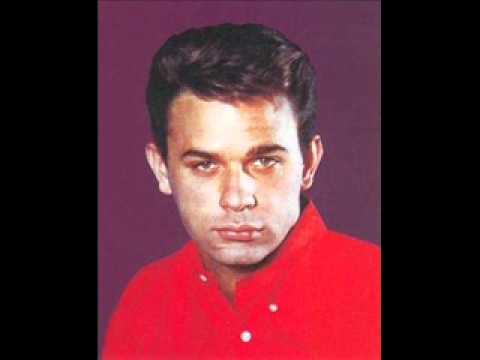 THE GYPSY CRIED ~ Lou Christie  1962