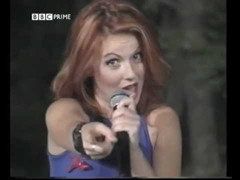 Spice Girls - Wannabe (Live at TOTP's)