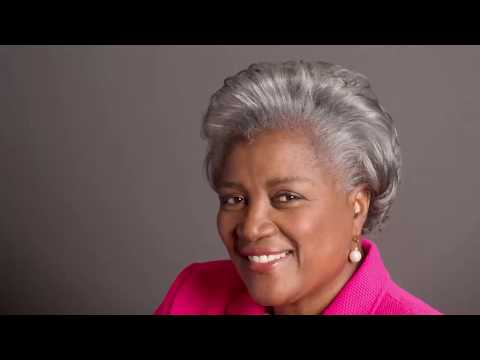 Donna Brazile assails Hillary Clinton campaign in new book | Los Angeles Times