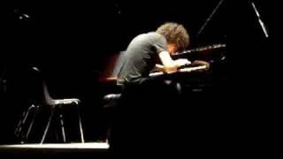 Giovanni allevi- jazzmatic -a bolzano il 13/07/08