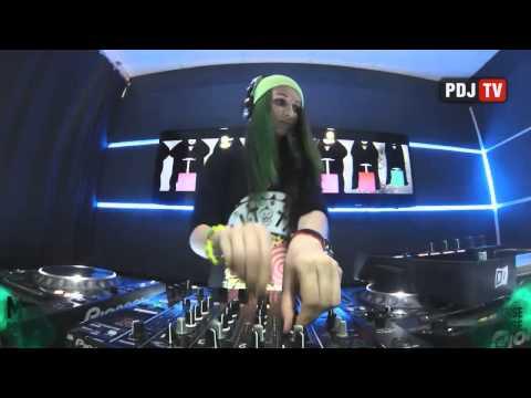 Live @ Radio Intense 11.02.2014 - Miss Monique