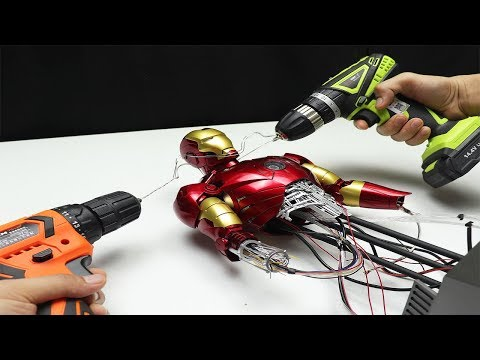 Iron Man Mark III - CHECK THIS OUT! With moving parts!