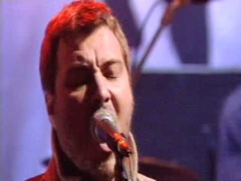 Doves - Catch The Sun (Live On Jools Holland In April 2000).mpg