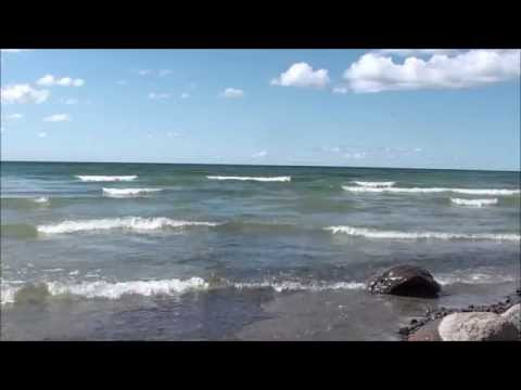 calming waves / relaxing / sleeping / therapy / relieving tension no music - Lake Ontario
