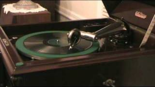 "1920 Victor Victrola XI - ""Two O"