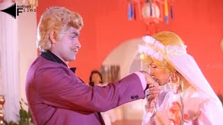 Bharjari Gandu Kannada Movie Scenes - Raghavendra Rajkumar As Dora Comedy Scene