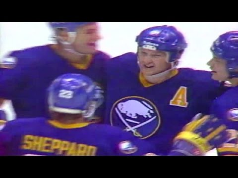 Phil Housley Career Highlights