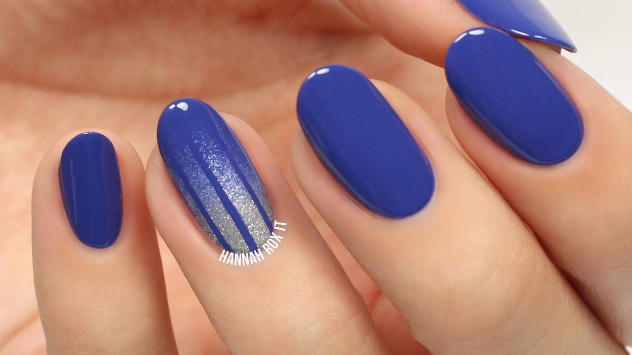 Striped Glitterfall Nail Art Perfect For Hanukkah