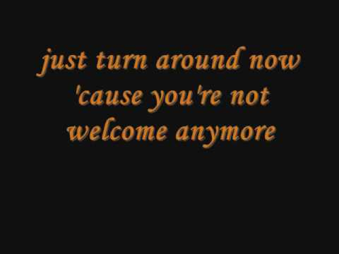 Gloria Gaynor  I Will Survive with Lyrics on screen