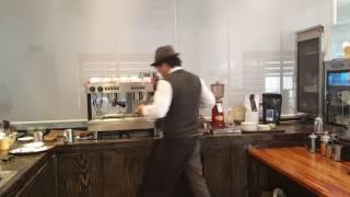 커피마스터 라떼아트 시연