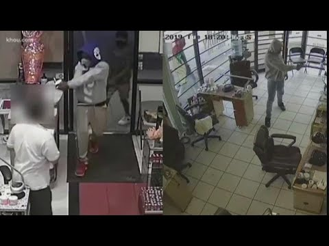 Police looking for suspects who allegedly robbed customers, employees at nail salons