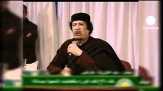 """Kaddafi Sarkozy'ye meydan okudu: """"Hadi saldır bize"""""""