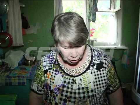 Пьяница разводит тараканов в коммуналке и терроризирует соседей