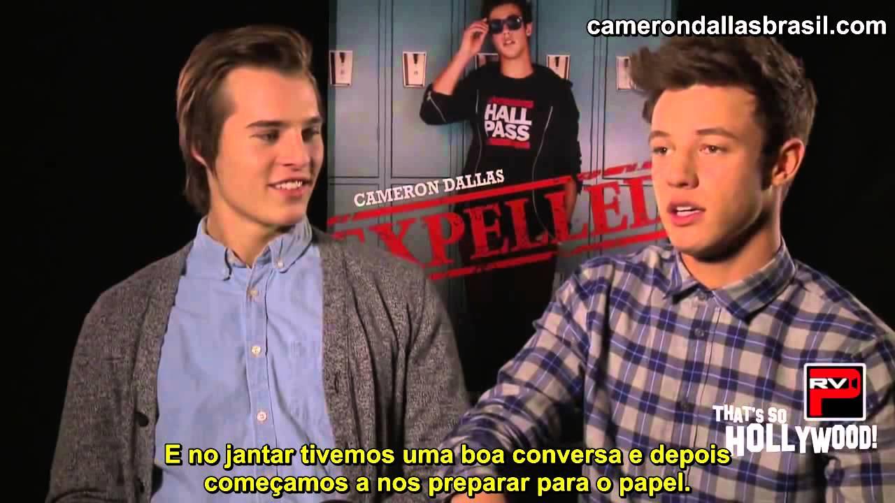 Is Cameron Dallas A GOOD KISSER    Legendado PT BR    YouTube