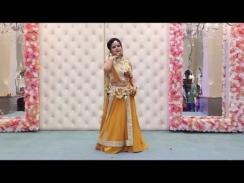 Romantic song || Beautiful Girl Wedding Dance Performance 2018