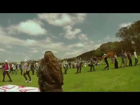 Flashmob Marista/Hemobanco - Safe And Sound