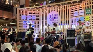 ลา ลา ลา (La La La) - Dept live at #BasecampFest