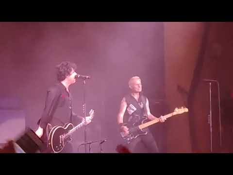 Green Day: Boulevard of broken dreams [Indianapolis Indiana revolution radio tour 2017]