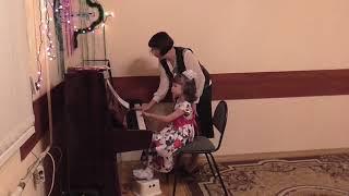 Открытое занятие. Обучение детей игре на фортепиано. 27.12.2017 # 2