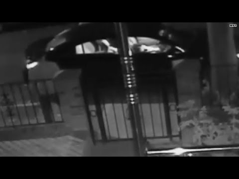 Caught on tape: Fake taxi driver assaults mom, kids