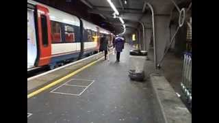 Repeat youtube video LADY AT WATERLOO, HOPPING ON CRUTCHES WITH ONE LEG 2
