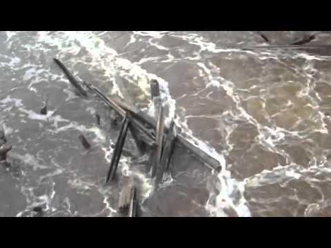 На реке Нерль в Ивановской области прорвало плотину
