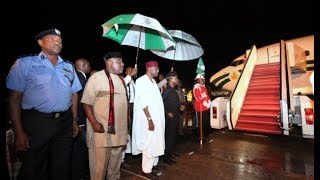 OMG! See what brought President Buhari back to Nigeria, Aso Villa, from London,19 August. *Comedy*