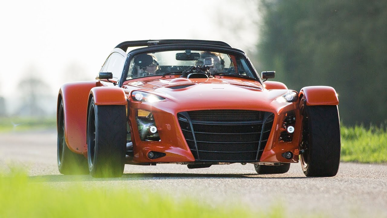donkervoort d8 gto rs reassuringly hardcore carfection youtube. Black Bedroom Furniture Sets. Home Design Ideas