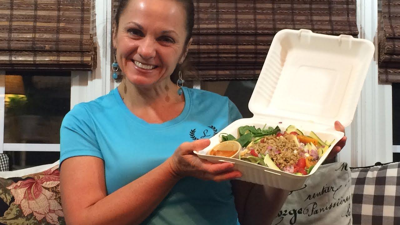 Live Med Salad - Zoe\'s Kitchen - YouTube