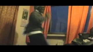(ghana) Deejay kofi dancing zoblazo at vibes,