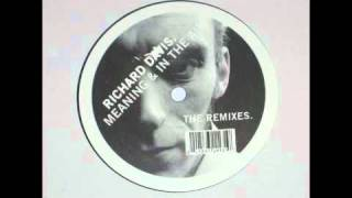 Richard Davis - In The Air (Richard Davis' Rework) [Punkt Music, 2003]