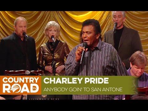Charley Pride sings