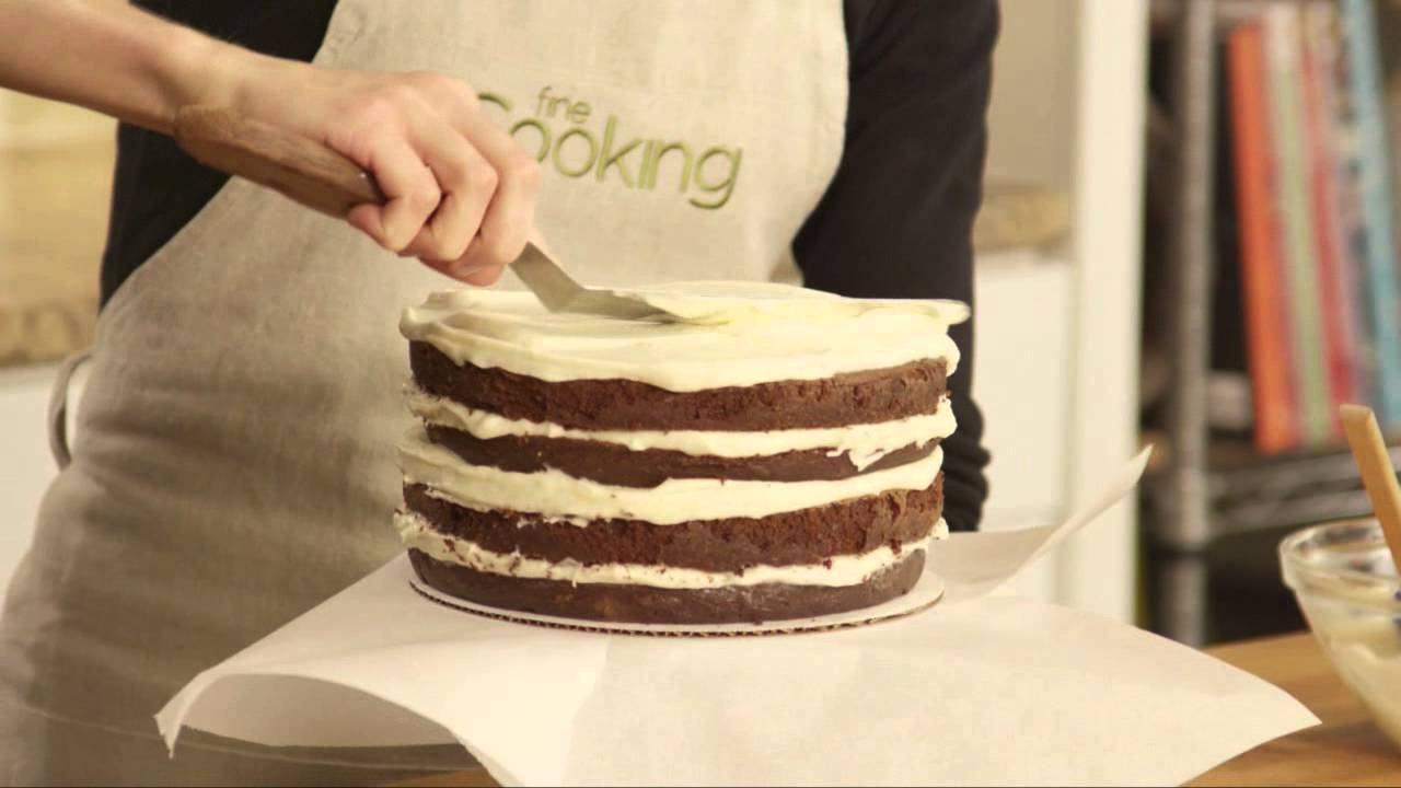 How To Put Frosting On A Cake Without Crumbs
