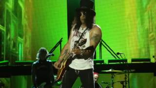 Guns N' Roses   Welcome To The Jungle Philadelphia,Pa 7 14 16   YouTube