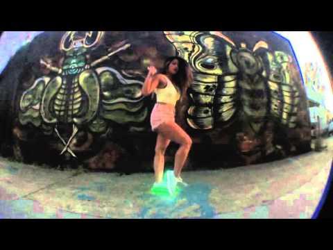 Rica Shuffles | 3LAU - Is It Love (ft. Yeah Boy)