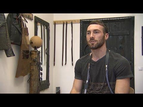 Дизайнер одежды и аксессуаров Апти Эзиев
